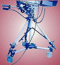 tripod                   dolly